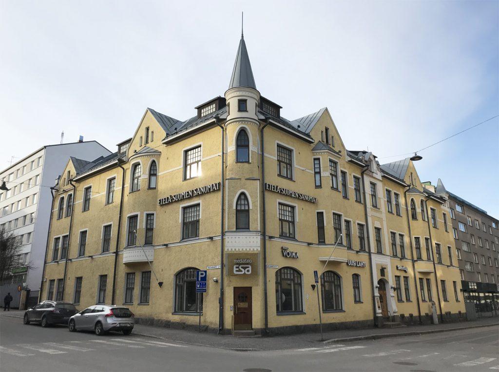 Hämeenkatu 5:n rakennuksessa on Etelä-Suomen Sanomien toimitus.