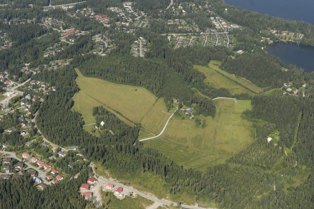 Kytölänmäellä on nyt paljon peltoa ja metsää.