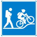 Sinipohjainen luontoliikuntapolun merkitsemiseen käytetty merkki, jossa on esitetty valkoisella retkeilijän ja maastopyöräilijän symbolit.