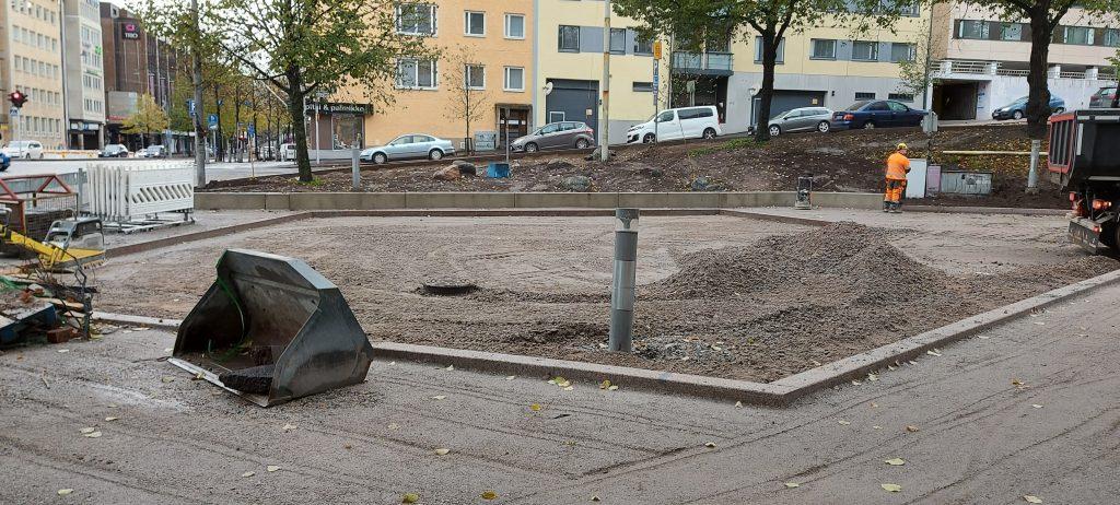 Kuvituskuva Päijänteenkadun työmaastaViiskulman aukiolta.