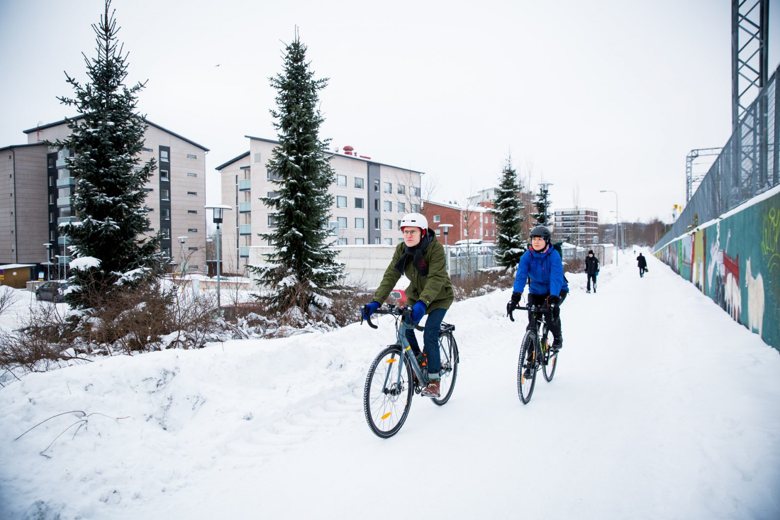 Talvipyöräilyä Asemantaustan alueella