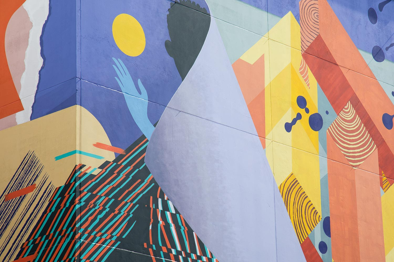 Lahden taide-, juliste- ja muotoilumuseo_kuva muraalista museon seinällä