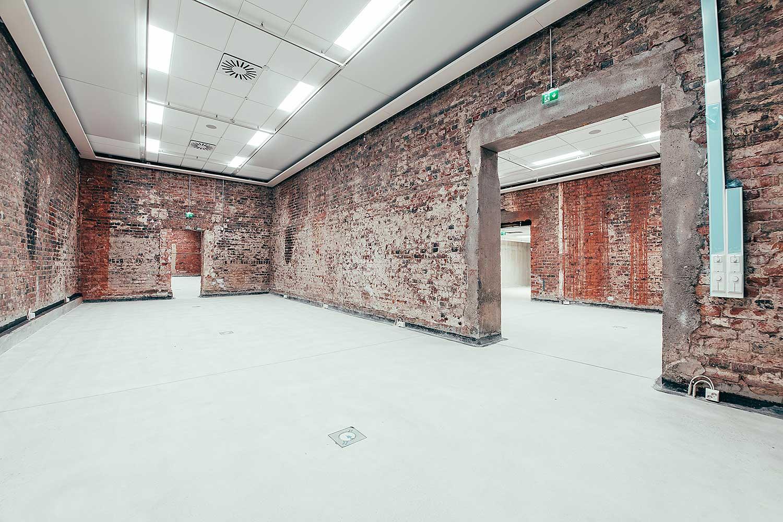 Osa-Malvan-näyttelysaleista-sijaitsee-vanhassa-panimorakennuksessa Malskilla