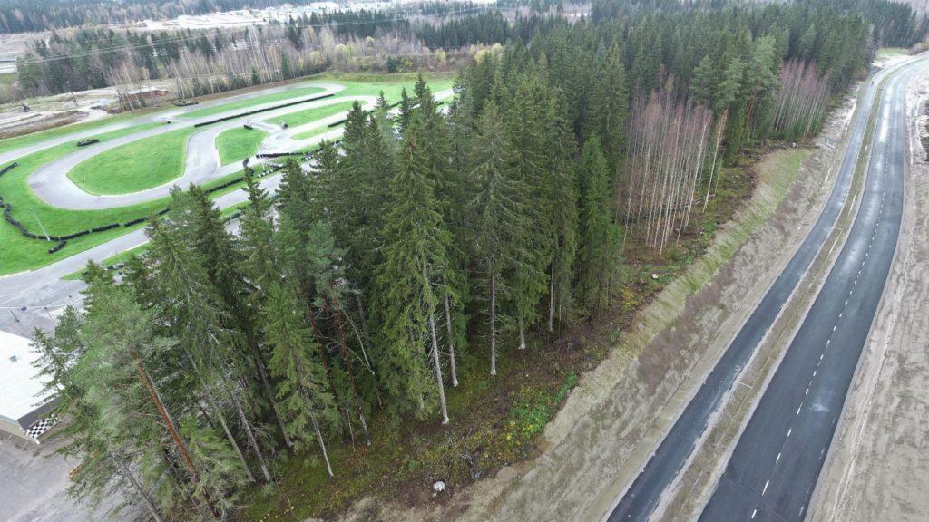 Kujalankadun varressa on karting-rata.